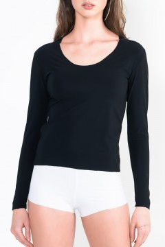 L12 Long sleeve top with scoop front