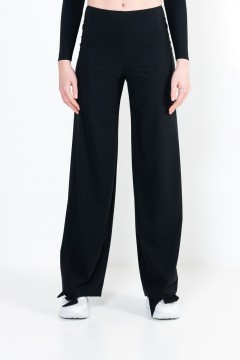 L23 Trump trousers