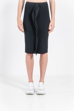 L78 Short skirt with flounce in front