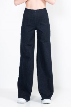 Jeans 6 Trump cut trousers